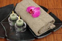 Orchidea na ręczniku Fotografia Royalty Free