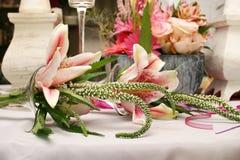 Orchideeanordnung lizenzfreies stockbild