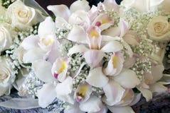 Orchideeblumenblumenstrauß stockfotografie