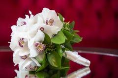 Orchideenblumenblumenstrauß Lizenzfreies Stockfoto