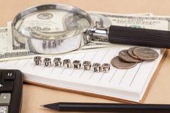 Ord BUSINESS Dollar, mynt och anmärkningar Royaltyfri Bild