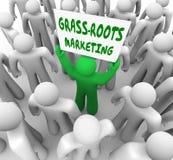 Ord för lokal advertizing för gräsrotmarknadsföringsaktion av munnen Royaltyfri Foto