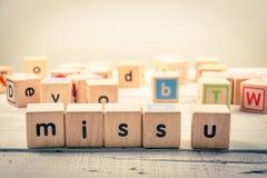 Ord`-miss dig wood kubik för ` på trät Fotografering för Bildbyråer