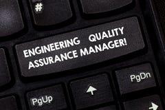 Ord som skriver chefen för försäkring för textteknikkvalitet Affärsidé för avsikt för tangent för tangentbord för utvärderingspro fotografering för bildbyråer