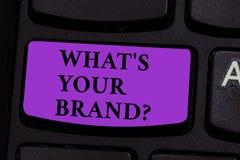 Ord som skriver text vad S ditt märke Affärsidé för Let oss att veta din identitet som en företagsaffärsmarknadsföring royaltyfria bilder