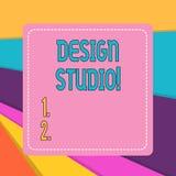 Ord som skriver textdesignstudion Affärsidé för arbetsplatsen för formgivare och hantverkare som kopplas in, i att tänka ut royaltyfri illustrationer