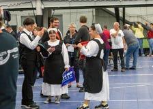 Ordem velha Amish na reunião do trunfo imagem de stock royalty free
