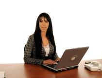 Ordenador de la mujer de negocios Foto de archivo libre de regalías
