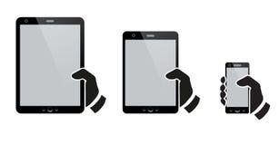 Manos que sostienen una tableta con la pantalla aislada ilustración del vector