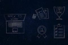 Ordenador portátil con de nuevo al mensaje del trabajo en la pantalla al lado del grupo de Imágenes de archivo libres de regalías