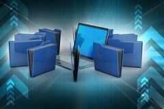 Ordenador portátil con la carpeta de archivos Foto de archivo libre de regalías