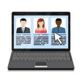 Ordenador portátil con la lista de los candidatos Imagen de archivo