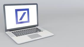 Ordenador portátil de apertura y de cierre con el logotipo de Deutsche Bank AG representación editorial 4K 3D Fotos de archivo libres de regalías