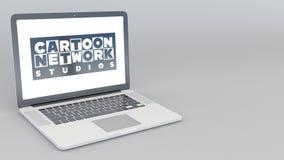 Ordenador portátil de apertura y de cierre con el logotipo de los estudios de Cartoon Network representación editorial 4K 3D stock de ilustración