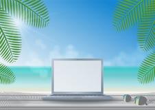 Ordenador portátil en el escritorio de madera en la playa ilustración del vector