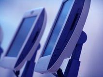 Ordenadores azules foto de archivo libre de regalías