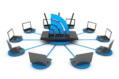 Ordenadores portátiles alrededor del router de WIFI Fotografía de archivo