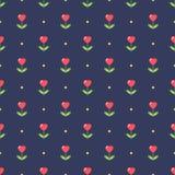 Ordentliches nahtloses Muster mit Herzformblumen Lizenzfreie Stockfotos