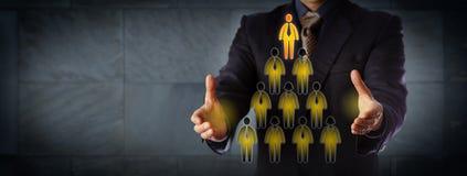 OrdförandeBuilding Triangular Management hierarki Royaltyfri Fotografi