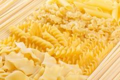 Ordinamenti differenti dei macarons Fotografia Stock Libera da Diritti