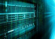 Ordinateur géant de stockage de lame de centre de traitement des données avec la matrice de code binaire images stock