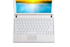 Ordinateur portatif blanc avec des clés vides Images stock