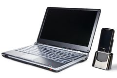 Ordinateur portatif et téléphone portable image libre de droits