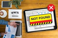 ordinateur 404 problème d'avertissement non trouvé d'échec des 404 erreurs Photographie stock