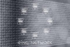 Ordinateurs portables reliés dans une structure de réseau d'anneau Images stock