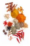Ordinato del pepe nero delle spezie, pepe bianco, fieno greco, cumino, b Fotografia Stock