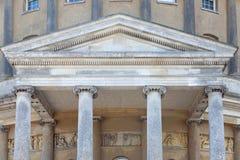 Ordine classico ionico di architettura delle colonne immagini stock