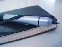 Ordine del giorno & penna Immagini Stock