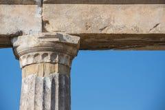 Ordine ionico, colonna in Olimpia antico fotografia stock