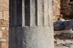 Ordine ionico, colonna in Olimpia antico immagini stock libere da diritti