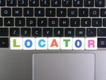 OrdLocator på tangentbordbakgrund Arkivfoto