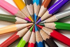 ordna hjulet för färgfärgblyertspennor royaltyfri foto