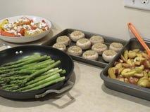Ordnar till härlig mat för mat, för ugnen royaltyfria foton