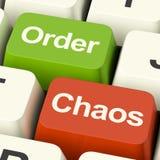Ordnungs-oder Chaos-Tasten Stockbilder
