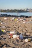 Ordures de plage Photo libre de droits