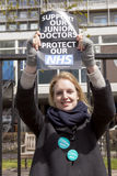 48 ore tutta fuori colpiscono per Junior Doctors, il 26 aprile 2016 Fotografia Stock Libera da Diritti