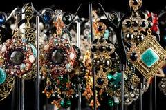 Orecchini dei gioielli con le gemme Immagine Stock Libera da Diritti