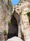 Orecchio di Dionisio Ухо пещеры Dionysius стоковая фотография