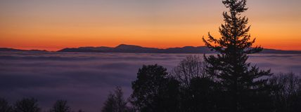 Oregon Coast Range Silhouette Sunset with Fog (1 o Royalty Free Stock Images