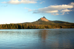 Oregon portrait. Mt. Washington reflecting off of Big Lake in the Oregon cascades Royalty Free Stock Images