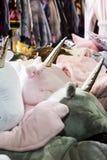 Oreillers sous forme de tête de licorne photo libre de droits