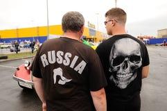 Orel, Rosja, Lipiec 22, 2017: Dynamica samochodu festiwal Mężczyzna stać Obraz Royalty Free