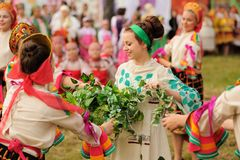 Orel, Rusia - 19 de junio de 2015: Fest de la música de Orlovskaya Mozaika: gir Fotografía de archivo