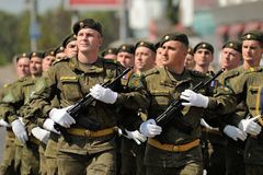 Orel, Russia - August 5, 2015: military men marching in parade i Stock Photo