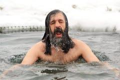 Orel, Russia - 19 gennaio 2016: Spirito russo dell'uomo di festività di epifania Fotografia Stock
