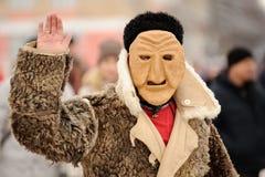Orel, Russia, il 18 febbraio 2018: Carnevale di Maslenitsa Uomo in feccie Fotografia Stock Libera da Diritti
